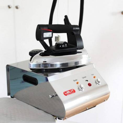 Парогенератор с утюгом Lelit PS21